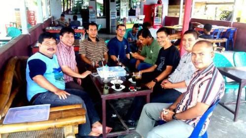 SILATURAHMI. Silaturahmi dengan sejumlah tokoh pemuda dan masyarakat di Aceh Jaya (14/02/2016).