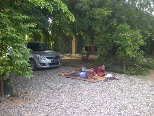 istirahat siang di Zawiyah SM_19.9.15